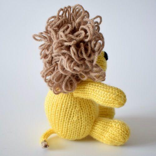 Makerist - Leon the Lion - Knitting Showcase - 2