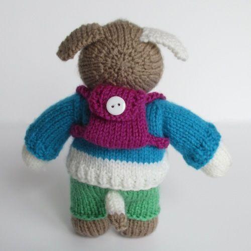 Makerist - Dexter Dog - Knitting Showcase - 2
