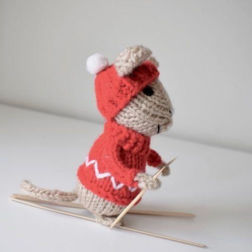 Makerist - Christmas Mice - Knitting Showcase - 2
