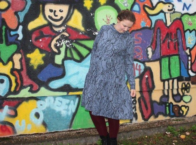 Makerist - Clara von Graustufen-Stoffe im Graffiti-Wald  - Nähprojekte - 1