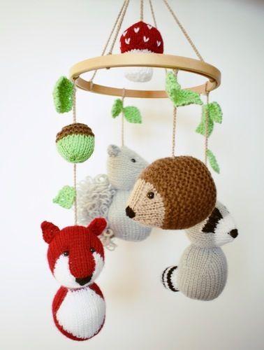 Makerist - Woodland Mobile - Knitting Showcase - 1