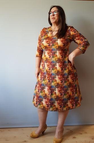 """Makerist - Kleid Samba mit """"besonderem"""" Ausschnitt - Nähprojekte - 3"""