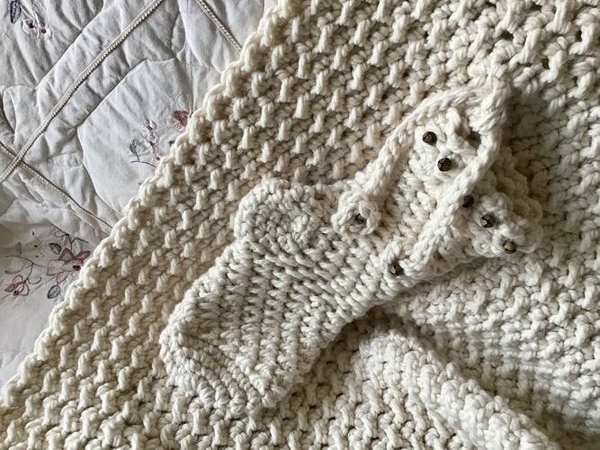 Makerist - The Noel Baby Blanket  - Crochet Showcase - 2