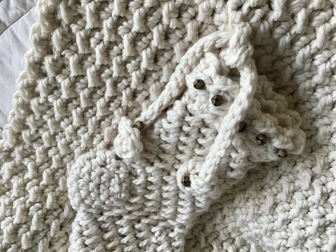 Makerist - The Noel Baby Blanket  - Crochet Showcase - 3