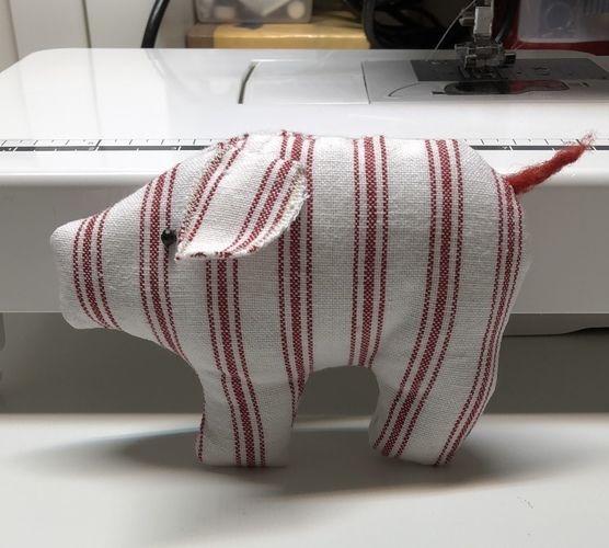 Makerist - Mini Glücksschwein - Nähprojekte - 1