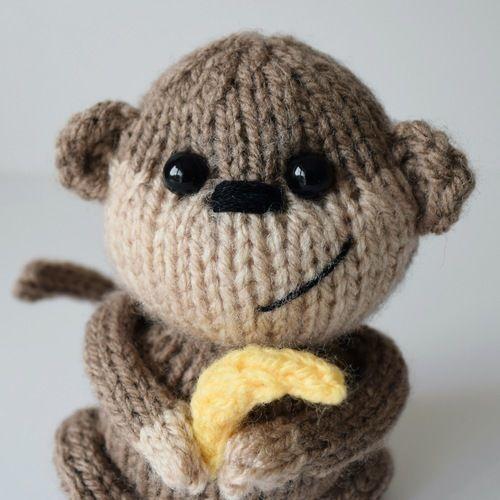 Makerist - Micky the Monkey - Knitting Showcase - 2