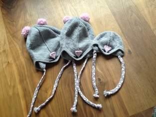 Mäusemützen für drei süße Mäuse-Schwestern