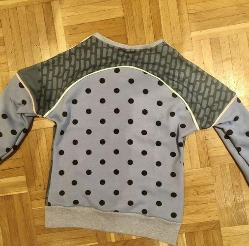 Makerist - Pullover mit Panel  - Nähprojekte - 2