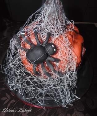 Makerist - Halloween Torte - 1
