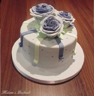 Makerist - Kleine Rosen Torte - 1