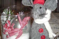 """Makerist - Weihnachtsmaus aus Walkloden zu der Weihnachtsgeschichte """" Die Kirchenmaus und die Bienenwachskerze² - 1"""