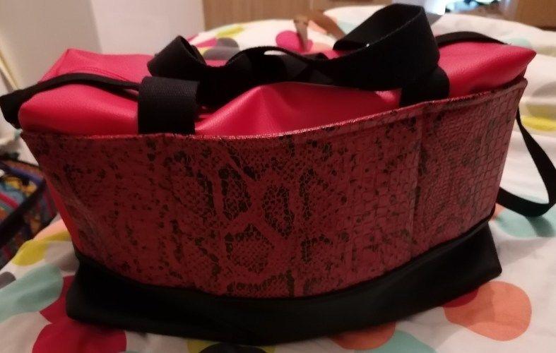 Makerist - Sac Georges en simili noir et rouge pour ma maman   - Créations de couture - 2