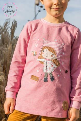 """Makerist - Stickdatei """"Sara"""" (Winterkinder) I heart handmade auf einem Pulli  - 1"""