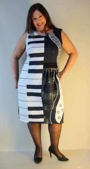 Kleid Neta mit Musik Jersey