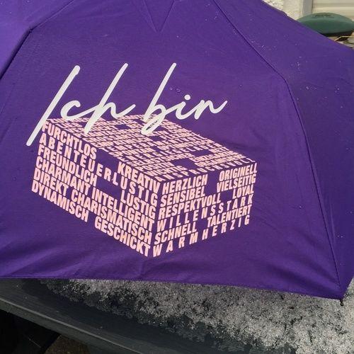 """Makerist - Regenschirm mit Datei """"Ich bin"""" von B.Style - Textilgestaltung - 1"""