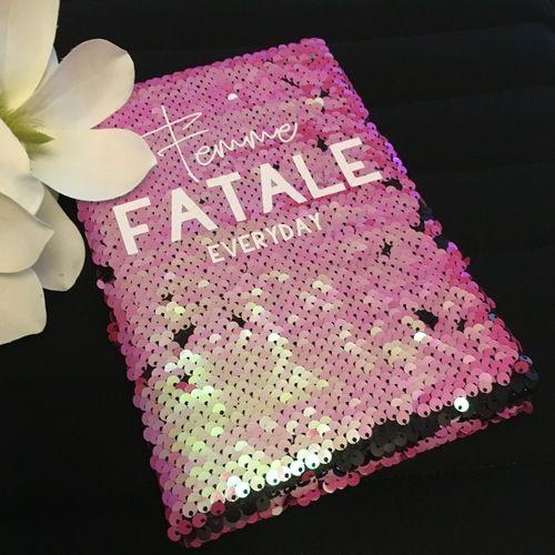 Makerist - Pailettenkalender mit Femme... von B.Style - Textilgestaltung - 1