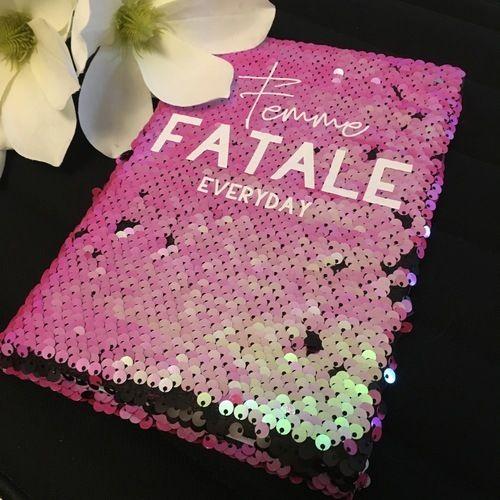Makerist - Pailettenkalender mit Femme... von B.Style - Textilgestaltung - 2