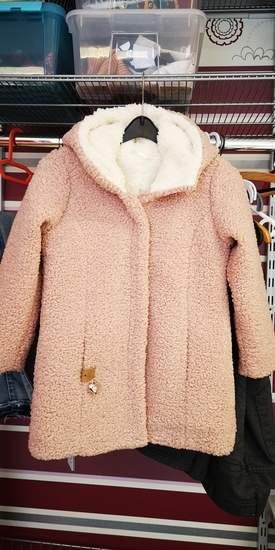 Makerist - Kurzmantel Misty. Ein herrlich wärmer Mantel aus Bouclé und Teddyplüsch als Futter. Meine Enkelin liebt diesen Mantel.  - 1