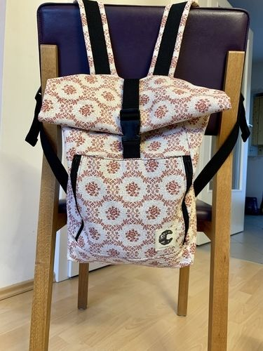 Makerist - Rucksack aus altem Vorhang  - Nähprojekte - 1