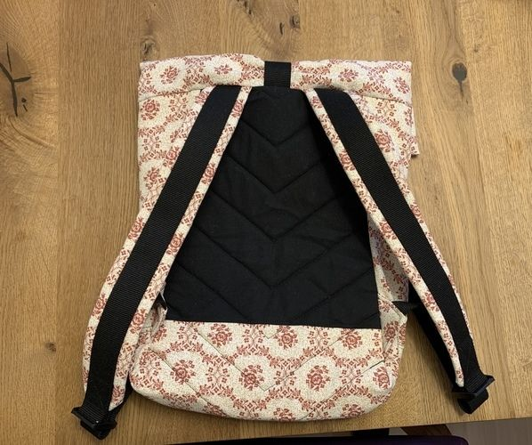 Makerist - Rucksack aus altem Vorhang  - Nähprojekte - 2