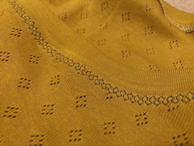 Makerist - Longsleeve aus Strickstoff mit Lochmuster, mit Ärmelbündchen - Nähprojekte - 2
