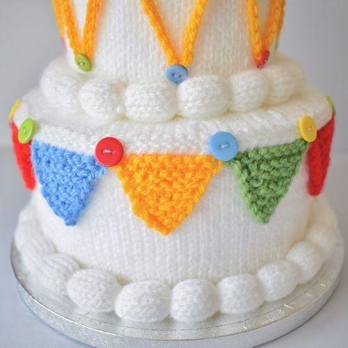 Makerist - Birthday Cake - Knitting Showcase - 3