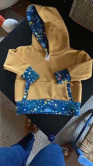 Makerist - sweat Mahé à capuche pour ma fille en laine et jersey - 1