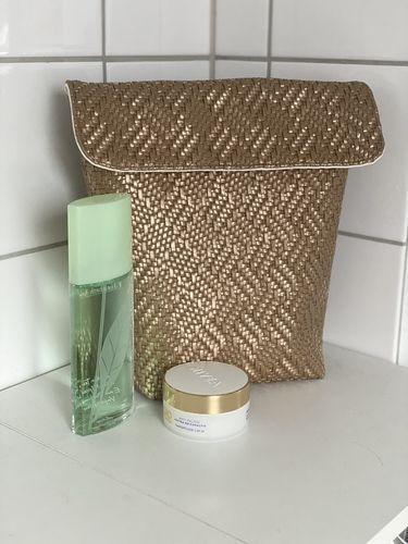 Makerist - LOTTI - ganz einfach in goldenen Kunstleder ohne Reißverschluss mit großer Klappe  - Nähprojekte - 1