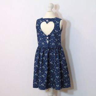 Makerist - Mädchenkleid mit Herzausschnitt im Rücken - 1