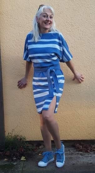 Kastanie - Fledermauskleid für Damen aus Jaquardt-Jersey