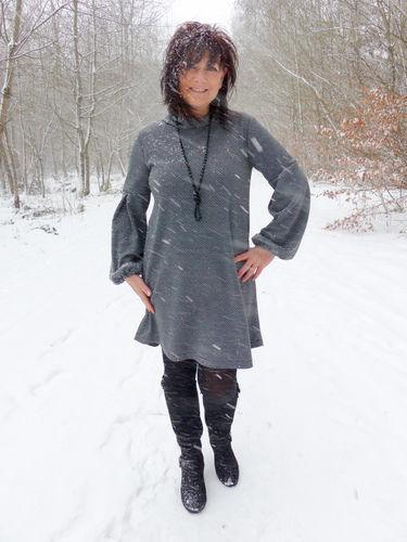 Makerist - Evelyn aus Stretch Jacquard ist perfekt - Nähprojekte - 1