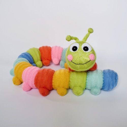 Makerist - Cuddly Caterpillar - Knitting Showcase - 1