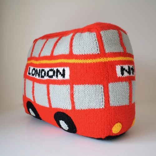 Makerist - London Bus - Knitting Showcase - 2