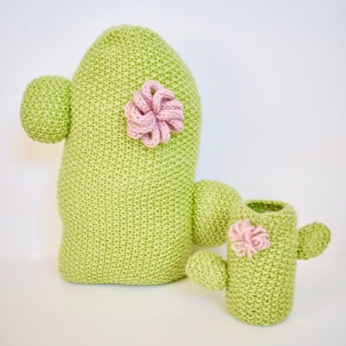 Makerist - Cactus Cushion and Pen Pot - Knitting Showcase - 1