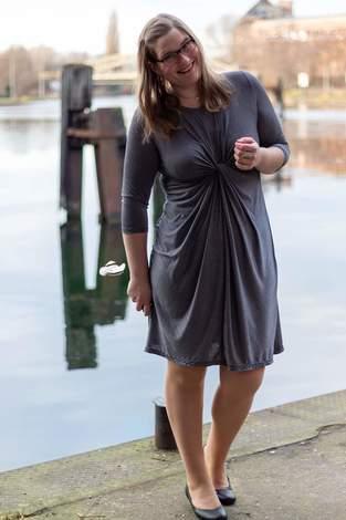 Makerist - Twisted dress aus Glitzerviskosejersey - 1
