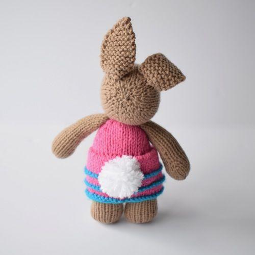 Makerist - Flora Bunny - Knitting Showcase - 2