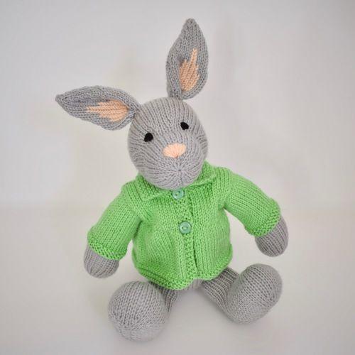 Makerist - Bertie Bunny - Knitting Showcase - 1