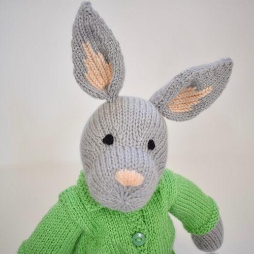 Makerist - Bertie Bunny - Knitting Showcase - 3