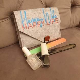 Makerist - Happy Wife auf mein Filztäschchen  - 1
