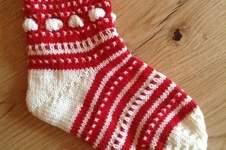 Makerist - Meine Mystery Socke vom Weihnachts Knit Along 2014 - 1
