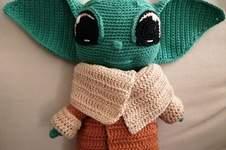 Makerist - BABY YODA by CROCHETPATTERNWORLD - 1