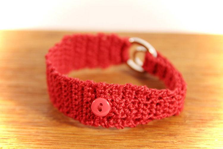 Makerist - Armband rot mit silbernem Strassring - Häkelprojekte - 3
