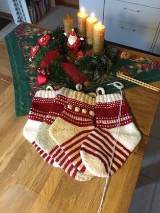 Knit-Along ............Weihnachtssocke...
