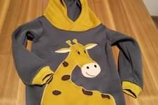 Makerist - Hoodie mit Giraffenapplikation - 1