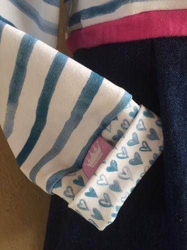 Makerist - Urlaubs-Feeling - Mix aus Jeans und Singlejersey mit Fischapplikationen und selbst geknüften Kordeln für meine große Enkelin - Nähprojekte - 3