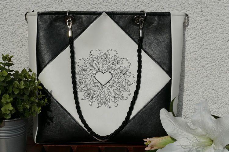 Makerist - Eine Tasche, die der Kreativität keine Grenzen lässt - Die Square Bag - Nähprojekte - 1