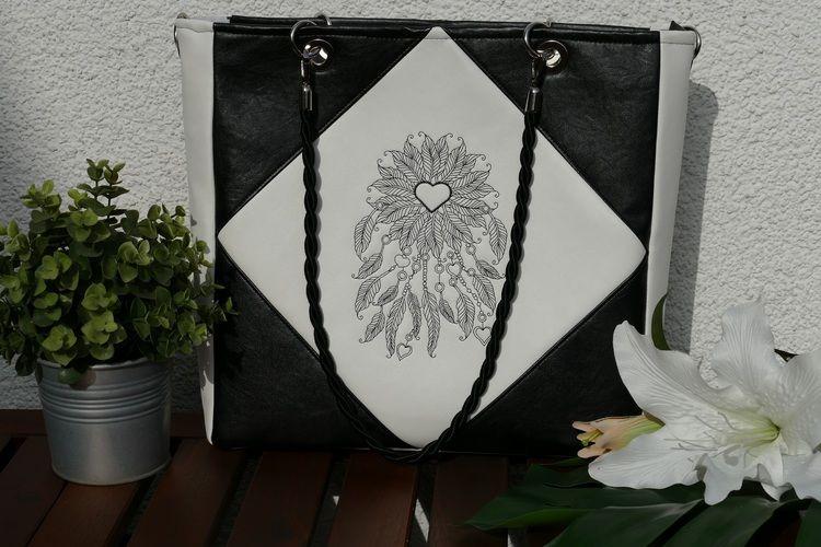 Makerist - Eine Tasche, die der Kreativität keine Grenzen lässt - Die Square Bag - Nähprojekte - 2
