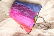 Makerist - Strandshopper oder Hobo Shoppingbag aus alten Regenschirmen, ein Upcycling-Projekt - 1