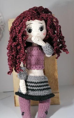 Makerist - Puppe Lilly mit vielen Extras und Details - Häkelprojekte - 1