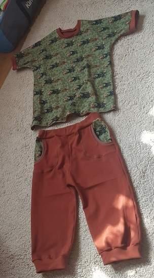 Sommershirt und kurze Hose Gr. 140-146